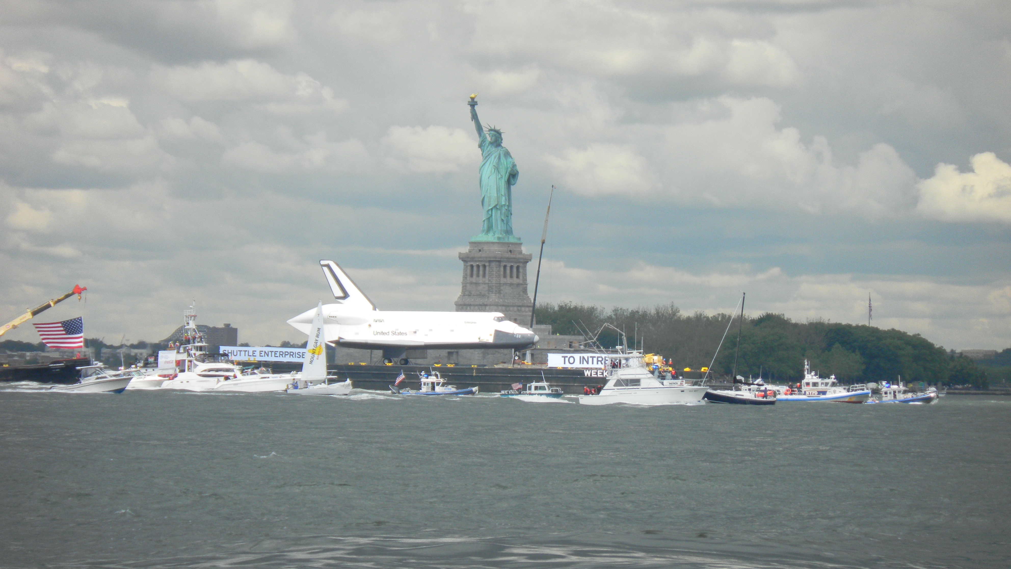 Space Shuttle New York Harbor (page 4) - Pics about space