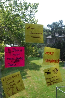 Post-it(R) notes demanding more hammocks