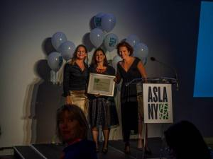 Trust for Governors Island President Leslie Koch is honored at the ASLA's 100th Anniversary President's Dinner